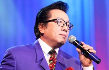 Elvis Phuong: Neu la Tuan Ngoc, toi cung se hat voi Son Tung hinh anh