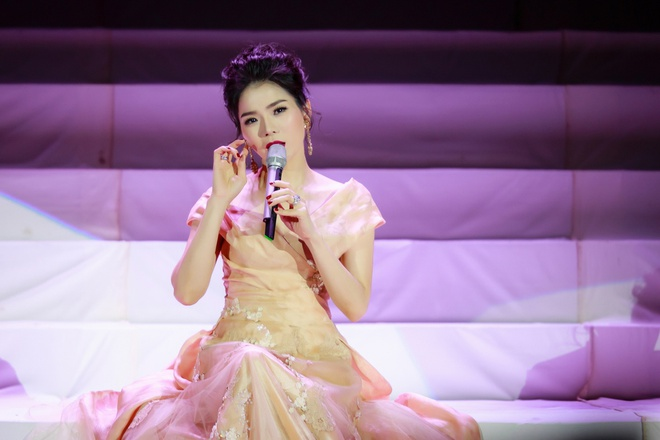 Le Quyen song ca an y voi Duong Trieu Vu tai Ha Noi hinh anh 4