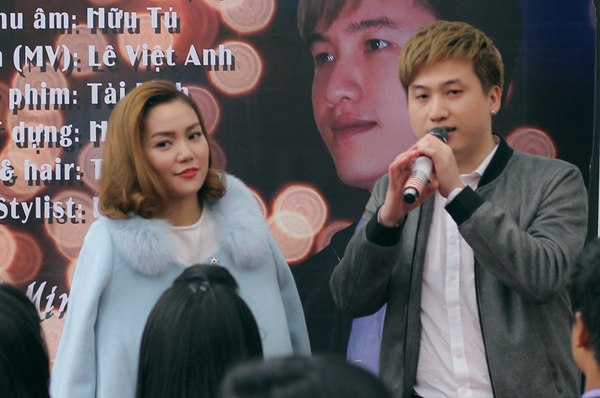 Ngoc Anh ket hop voi To Minh Duc trong ca khuc xuan hinh anh