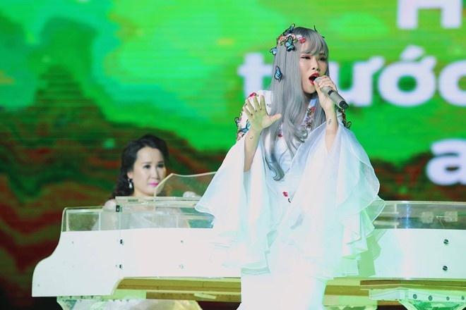 Hoi - Truong Thao Nhi hinh anh