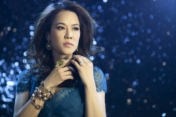 Don Tet o My, Thu Phuong van giu nep goi banh chung hinh anh