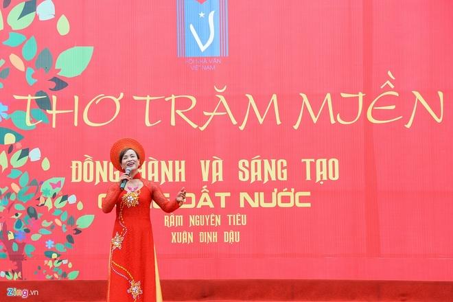 Nhung 'hat san' tai Ngay tho Viet Nam lan thu 15 hinh anh 3