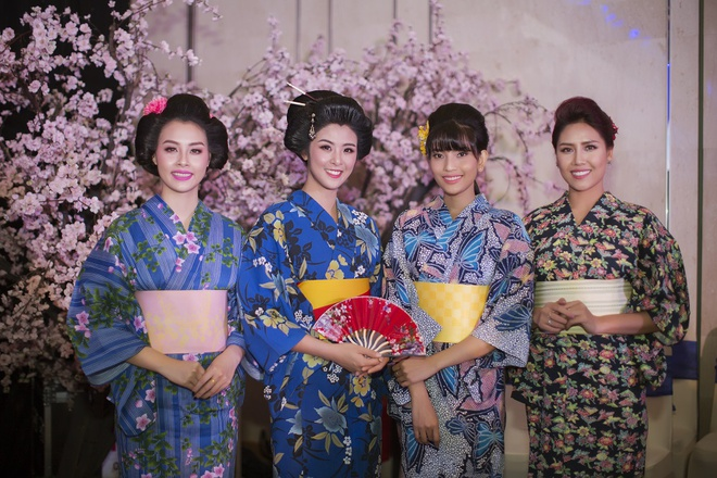 Hoa hau Ngoc Han, My Linh do dang voi trang phuc kimono hinh anh 1