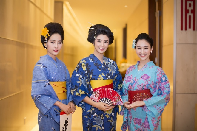 Hoa hau Ngoc Han, My Linh do dang voi trang phuc kimono hinh anh 2