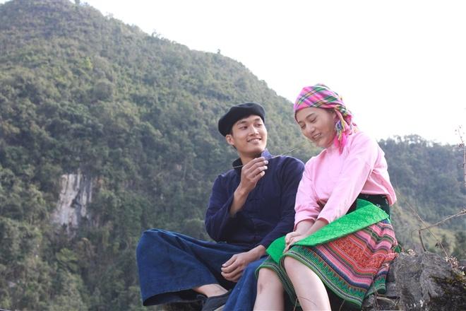 Trailer Lang yen duoi vuc sau hinh anh
