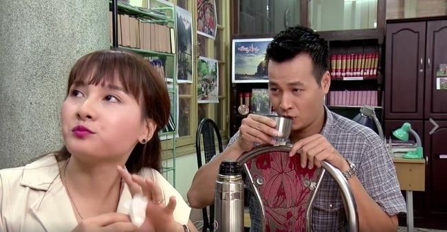 Nhung vai dien mo nhat trong 'Song chung voi me chong' hinh anh 8
