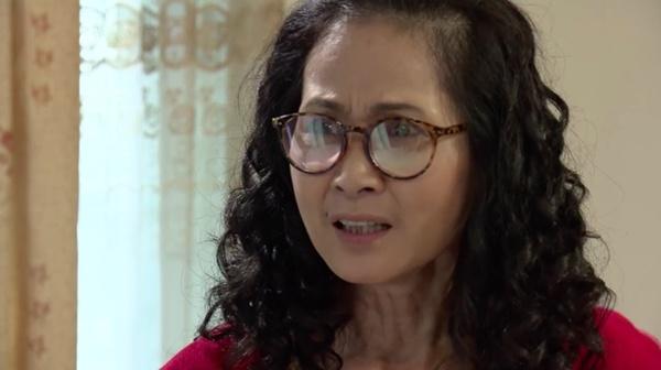 'Song chung voi me chong' tap 20: Ba Phuong doc nhat ky cua con dau hinh anh