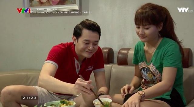 'Song chung voi me chong' tap 21: Van ra o rieng, ba Phuong bat luc hinh anh 2