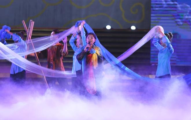 NSND Thanh Hoa lan dau hat ca khuc Phan Lac Hoa sang tac luc cuoi doi hinh anh 1