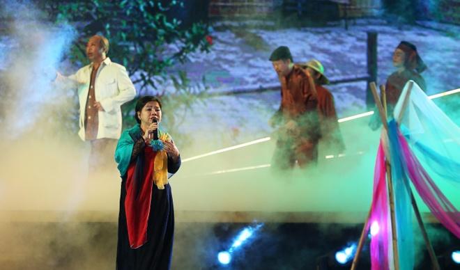 NSND Thanh Hoa lan dau hat ca khuc Phan Lac Hoa sang tac luc cuoi doi hinh anh 2
