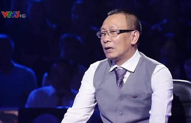Nha bao Lai Van Sam van dan Ai la trieu phu sau khi ve huu hinh anh 1