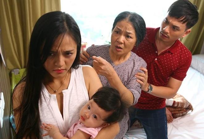 'Song chung voi me chong': Phim khong co noi mot nhan vat tu te? hinh anh