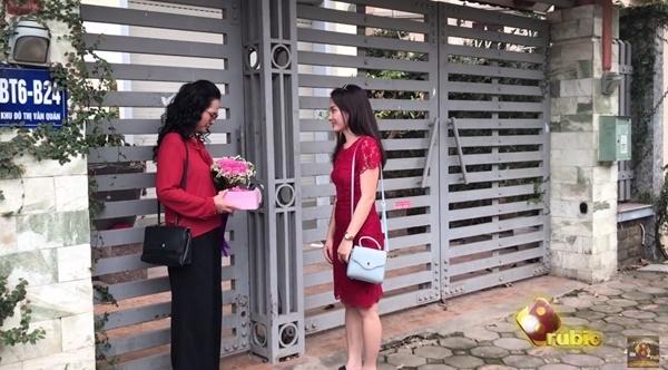 'Song chung voi me chong' tiet lo canh Van va ba Phuong lam lanh hinh anh 1