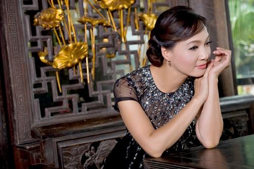 NSND Le Khanh dong vai tro nguoi ke chuyen trong dem nhac Lam Phuong hinh anh 2