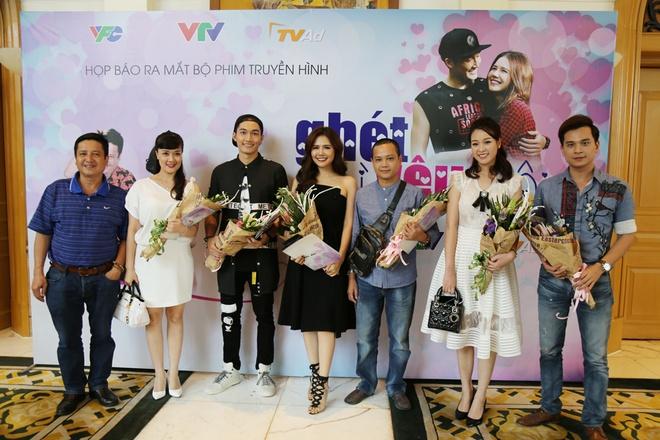 Phim hai co Van Dung, Chi Trung se tiep song 'Nguoi phan xu' hinh anh 2