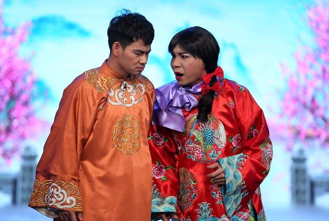 Xuan Bac len tieng khi vuot Hoai Linh, Tran Thanh doat VTV Awards hinh anh