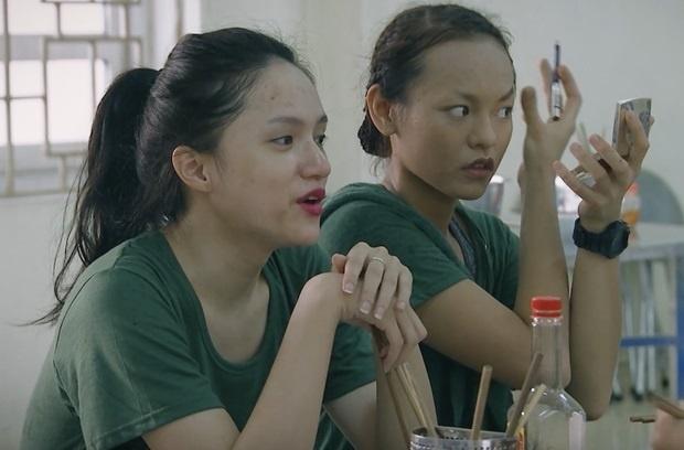 Mai Ngo, Huong Giang Idol so hai khi phai gac dem trong quan ngu hinh anh 1