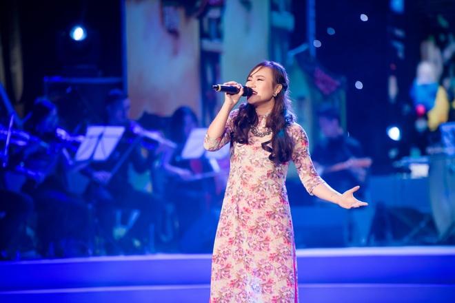 My Linh van nong nan voi 'Ha Noi dem tro gio' hinh anh 4