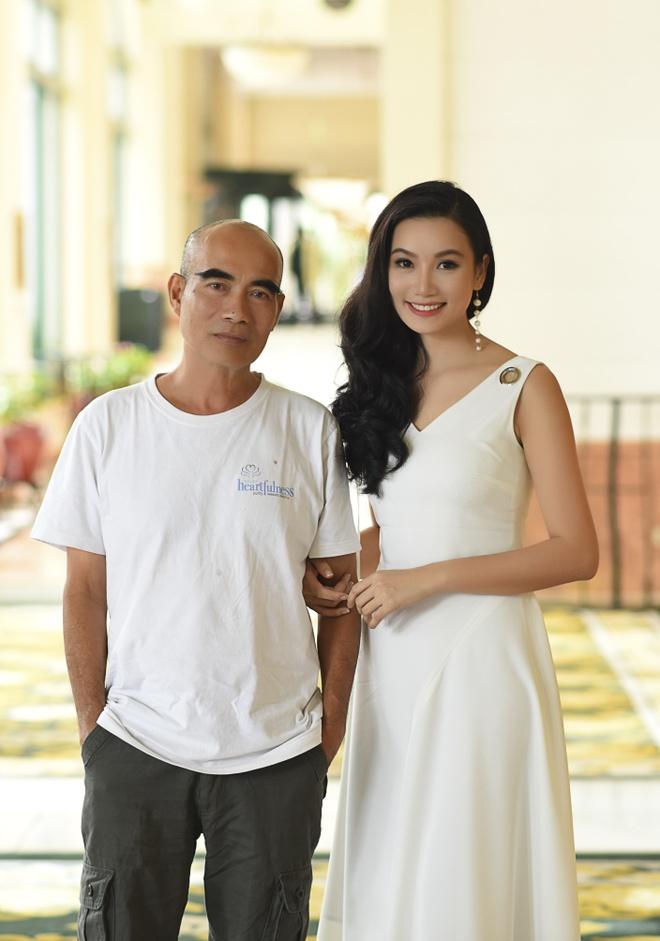 Ho Ngoc Ha, Vi Cam vang bong trong phan 3 phim 'Hoa co may' hinh anh 2