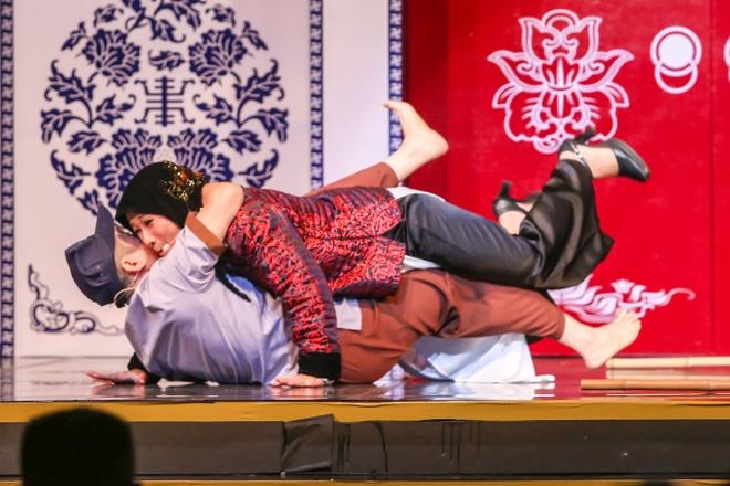 Ngoc Huyen: 'Nhieu nguoi ghet khi toi tim ca si thay the Kim Tu Long' hinh anh 6