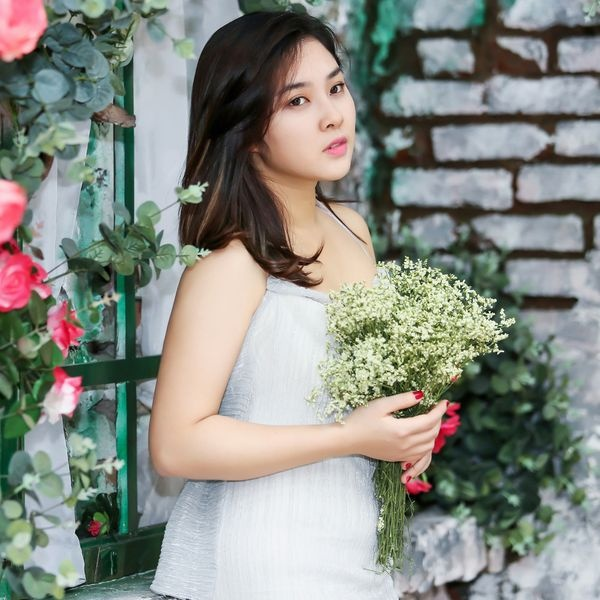 Bao Tram Idol: 'Chay show som sau sinh khong phai vi ap luc kiem tien' hinh anh 2