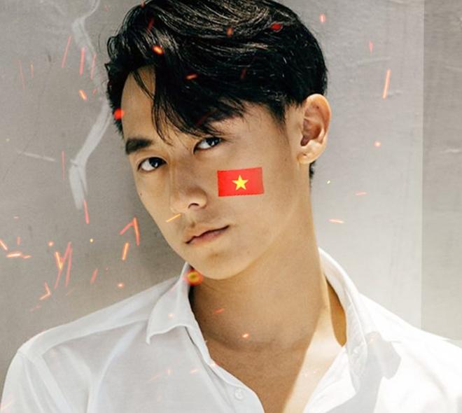 Cac nghe si hat 'Ve nha thoi' gui tang U23 Viet Nam hinh anh 2