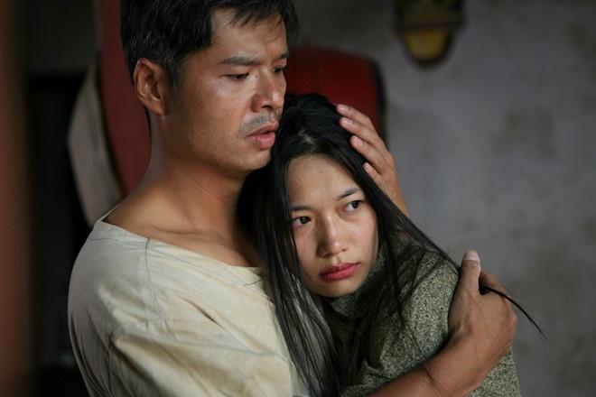 Phim 'Thuong nho o ai' khac gi so voi tieu thuyet 'Ben khong chong'? hinh anh