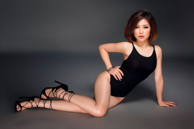 Huong Tram xoa hinh anh sexy vi tham vong tro thanh diva? hinh anh
