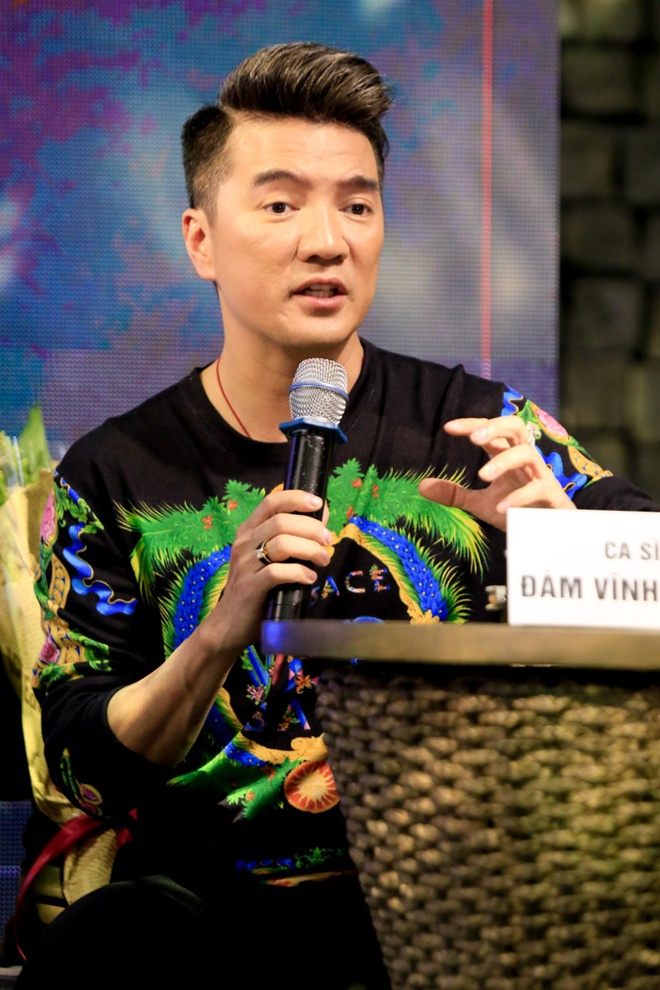 Dam Vinh Hung: 'Kim Oanh chi nen nhan xet dien xuat, dung noi am nhac' hinh anh 2