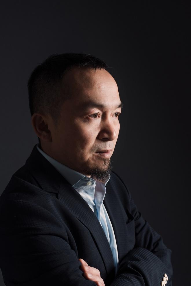 Nhac si Quoc Trung: 'Ca si Viet dang suong sa, xuat hien qua nhieu' hinh anh 1