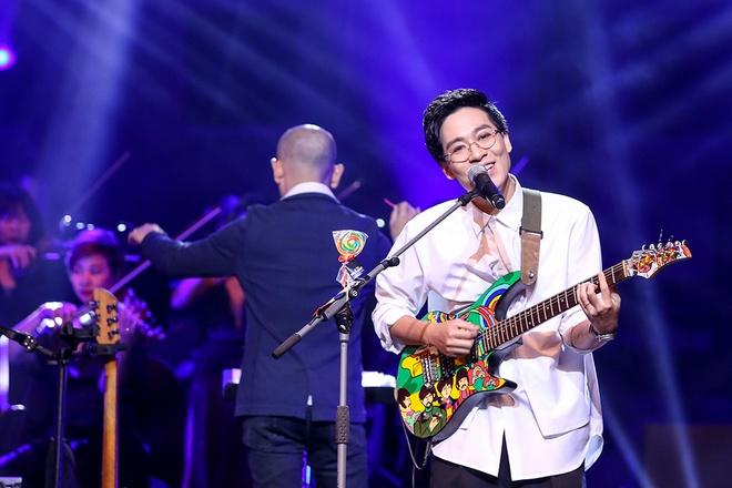 Live show cua Ngot: Du khan gia chia phe, su de thuong bao trum tat ca hinh anh