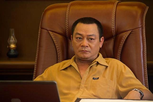 Xuan Bac va dong nghiep dong vien tinh than NSND Anh Tu dang nhap vien hinh anh