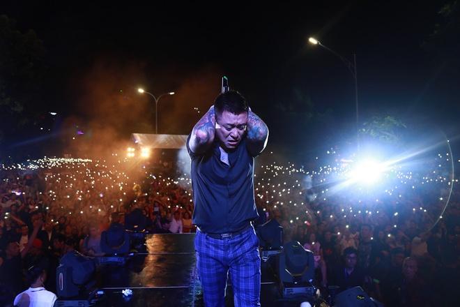 9 live show gay xuc dong cua ca si Viet trong nam 2018 hinh anh