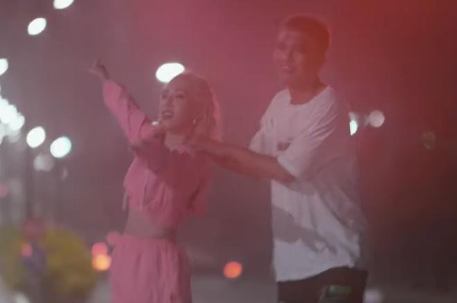 Big Daddy va Emily tung teaser MV chung sau khi cong khai la vo chong hinh anh 1
