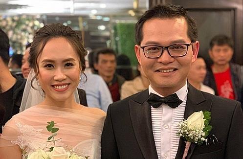 NSND Trung Hiếu tiếp tục tổ chức đám cưới vợ 9X tại Thái Bình