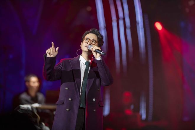 Hong Nhung tren san khau anh 3