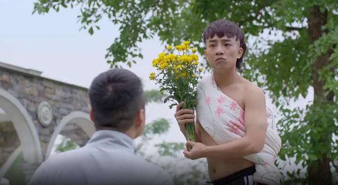 Nhan vat giong Kha Banh gay cuoi trong 'Me cung' hinh anh 1