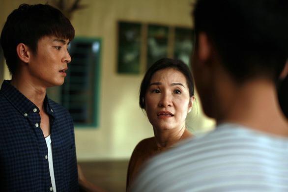 Chuyen dang sau vai nguoi me cua Hong Dao trong 'Thua me con di' hinh anh