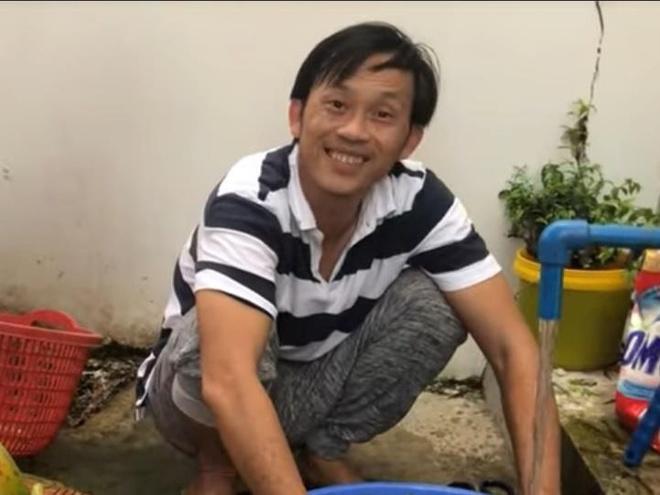 Hoai Linh lam vuon, hai trai cay chieu dai ban be hinh anh
