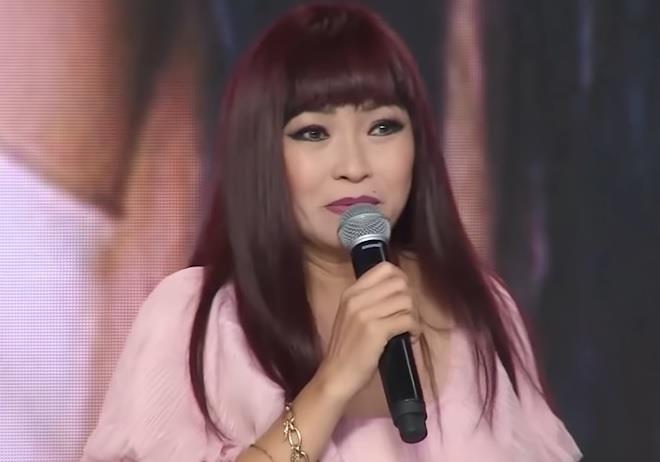Khán giả xúc động nghe Phương Thanh hát 'Giã từ dĩ vãng', 'Trống vắng'