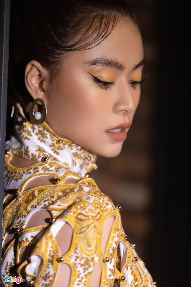 Hoang Thuy Linh ra album moi ve doc than, dung nhieu ca dao tuc ngu hinh anh 1