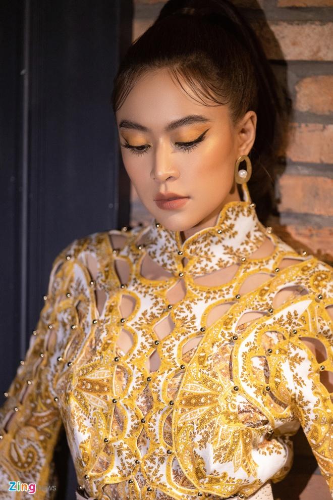 Hoang Thuy Linh ra album moi ve doc than, dung nhieu ca dao tuc ngu hinh anh 2