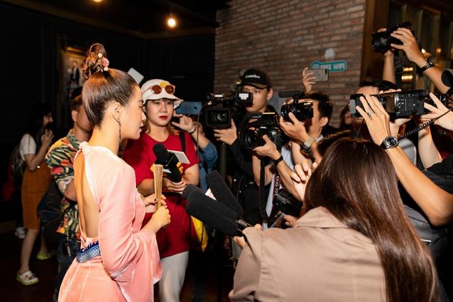 Hoang Thuy Linh nhac den Nhat ky Vang Anh trong MV moi hinh anh 3 SBT_3365.jpg