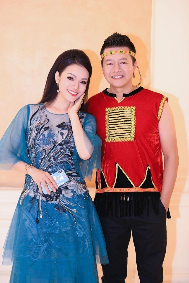 NSUT Vu Manh Dung qua doi, nhac Viet mat mot giong opera hang dau hinh anh 3 8677328515656377769234155605748910527086592_o_1582094996356.jpg