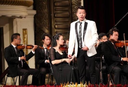 NSUT Vu Manh Dung qua doi, nhac Viet mat mot giong opera hang dau hinh anh 2 giong_baritone_so_1_viet_nam_vu_manh_dung_dot_ngot_qua_doi_o_tuoi_43.jpg
