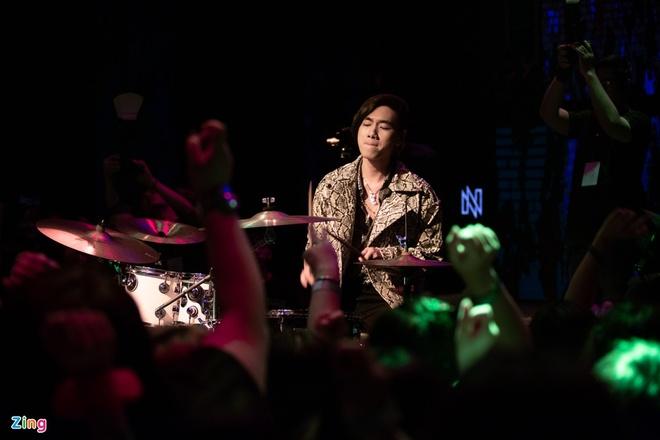 K-ICM trong đêm nhạc mừng sinh nhật mới đây. Ảnh: Nguyễn Thành.