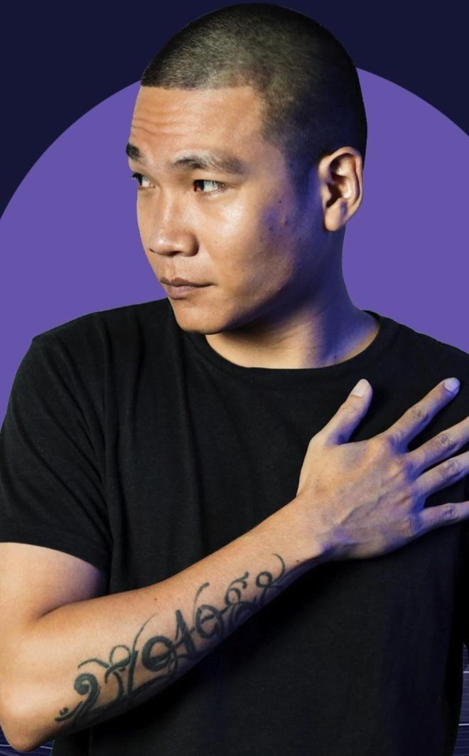 Wowy: 'Tôi sinh ra ở khu ổ chuột, may mắn được rap cứu vớt'
