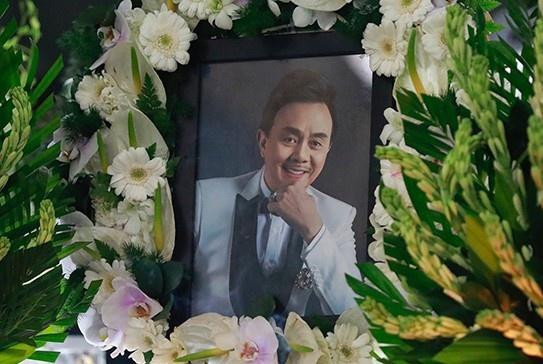 Danh hài Chí Tài qua đời: Vợ nghệ sĩ Chí Tài thông báo lễ tang tại Mỹ -  Giải trí