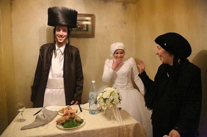 An tuong anh doat giai 'Anh du lich 2014' hinh anh 2 Bức ảnh Mea Shearim, Jerusalem, Israel của nhiếp ảnh gia Agnieszka Traczewska - Ảnh: National Geographic