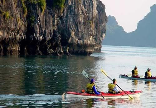 Thu nhung tro choi cam giac manh moi du nhap vao Viet Nam hinh anh 11 Chèo thuyền Kayak
